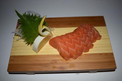 Sake Sashimi (7)
