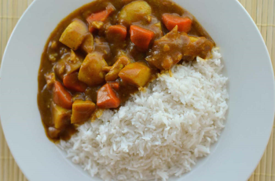 Curry Chicken & Rice