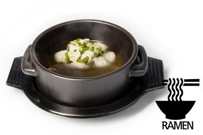 G. Beef Meat Soup       Dumpling & Ramen      만두곰탕 (라면)