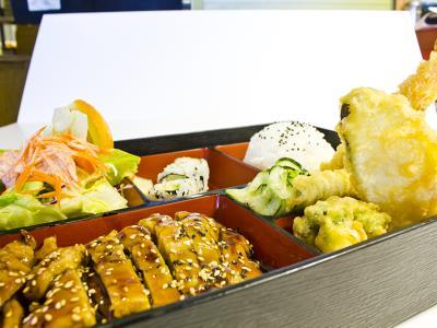 Beef Teriyaki / Ca Roll