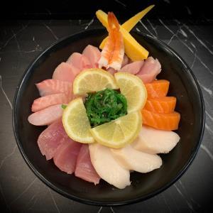 Chirashi Sushi (D)