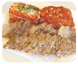Korean Steam Pork (Bossam)돼지보쌈
