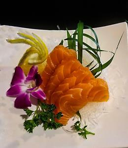 Salmon (Sake) - Sashimi 4Pcs