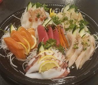 Sashimi Deluxe (24Pcs)