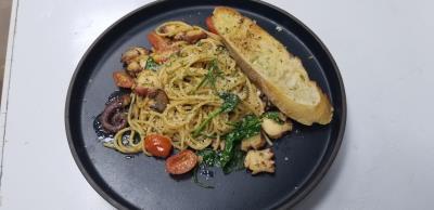 Octopus Pasta